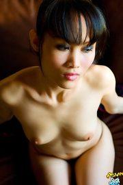 Beautiful Asian girl Nana -09