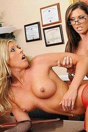 Taylor Kurtis And Samantha Saint -02