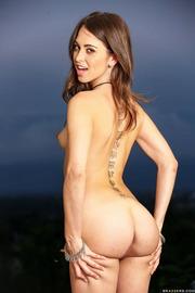 Skinny Tattooed Bitch Riley Reid-20