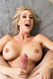 Brandi Love Stunning MILF Gets Drilled On The Couch-20