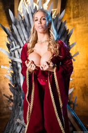 Queen Of Thrones: Part 4 (A XXX Parody)-02