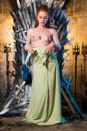 Queen Of Thrones: Part 4 (A XXX Parody)-06