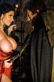 Queen Of Thrones: Part 2 (A XXX Parody)-01