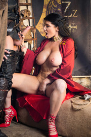 Queen Of Thrones: Part 2 (A XXX Parody)-05