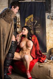 Queen Of Thrones: Part 2 (A XXX Parody)-06