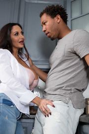 One Strict Mama-04