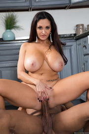 One Strict Mama-18