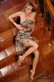 Anita Dark Sexy Pornstar Strips On Stairs-00