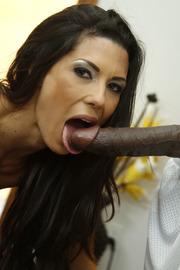 Alexa Tomas Loves Big Black Cock-07