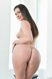 Brittany Shae Round Ass-07