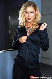 Tattooed Beauty Kleio Valentien-01