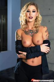 Tattooed Beauty Kleio Valentien-04