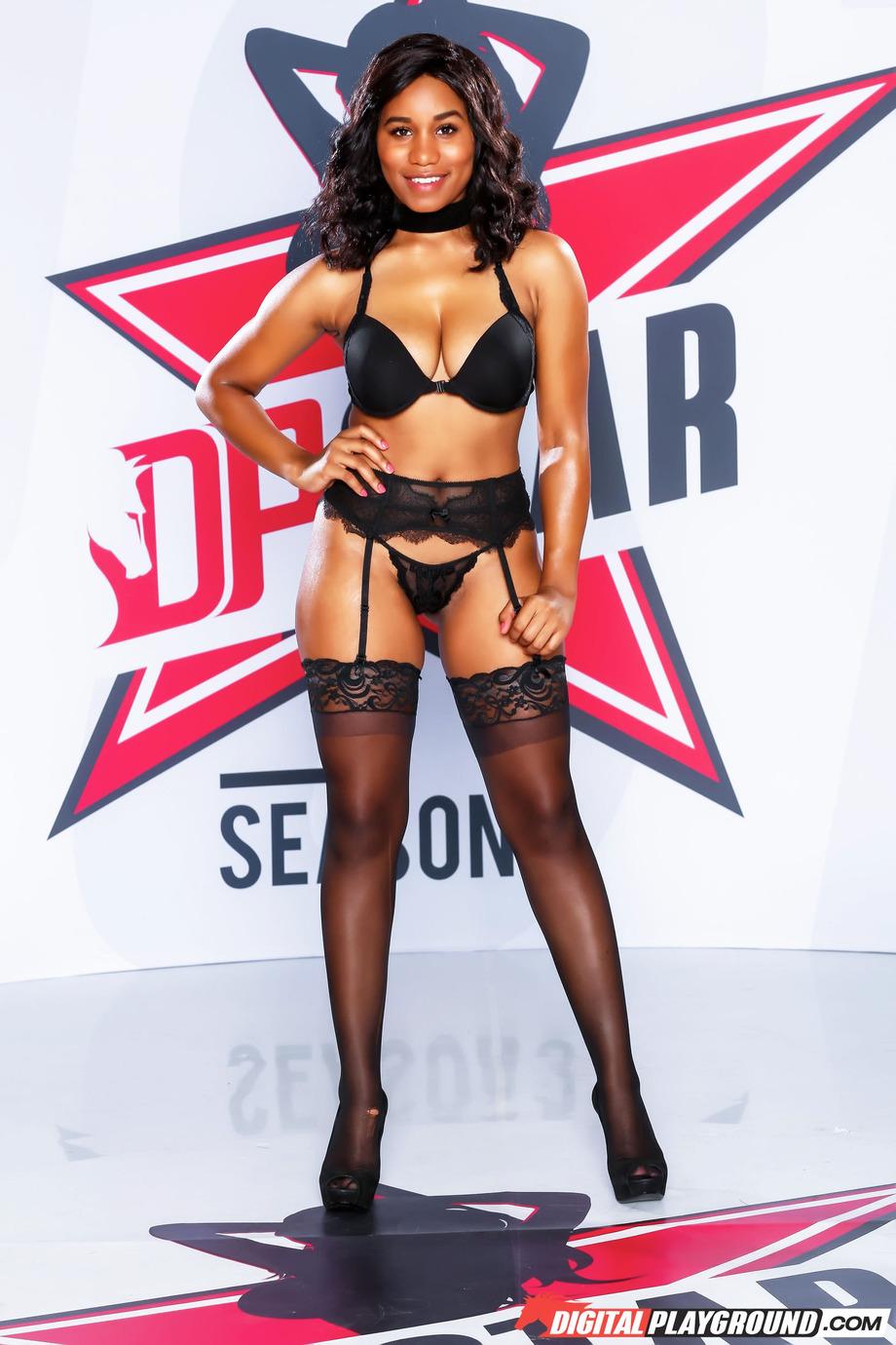 Sexy Ebony Jenna J Foxx 00