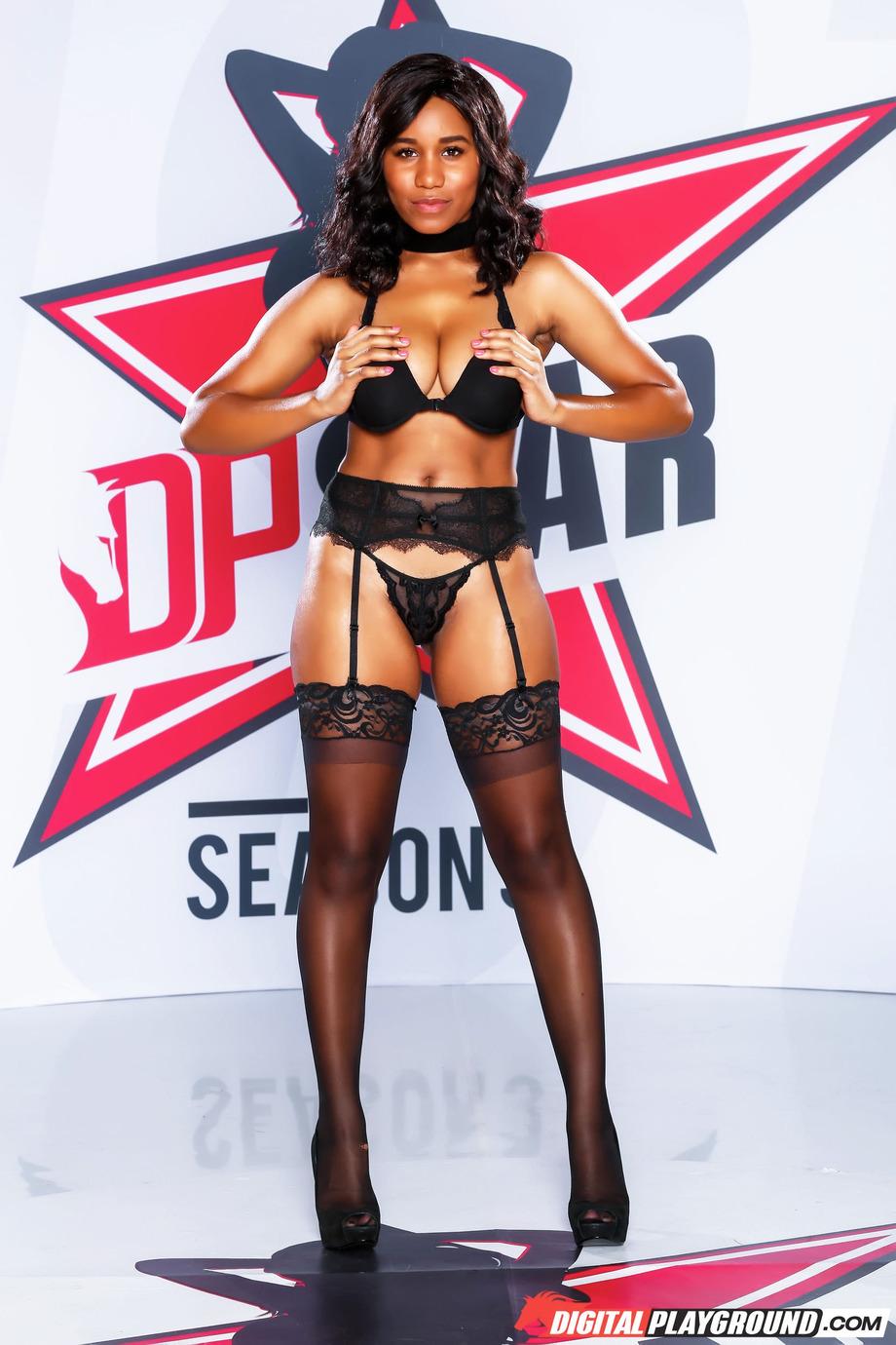 Sexy Ebony Jenna J Foxx 02