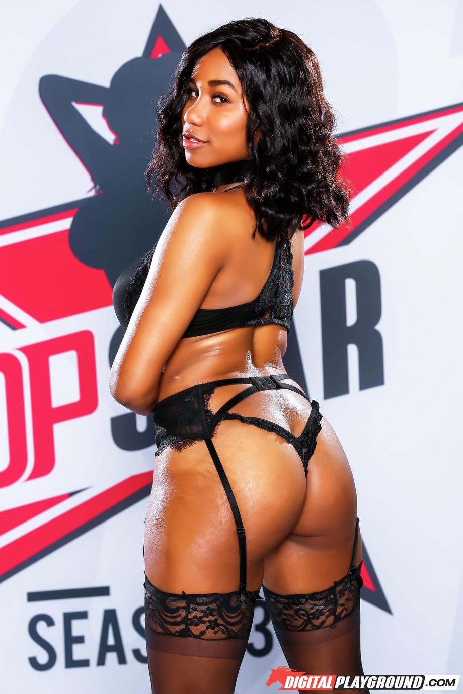 Sexy Ebony Jenna J Foxx 04