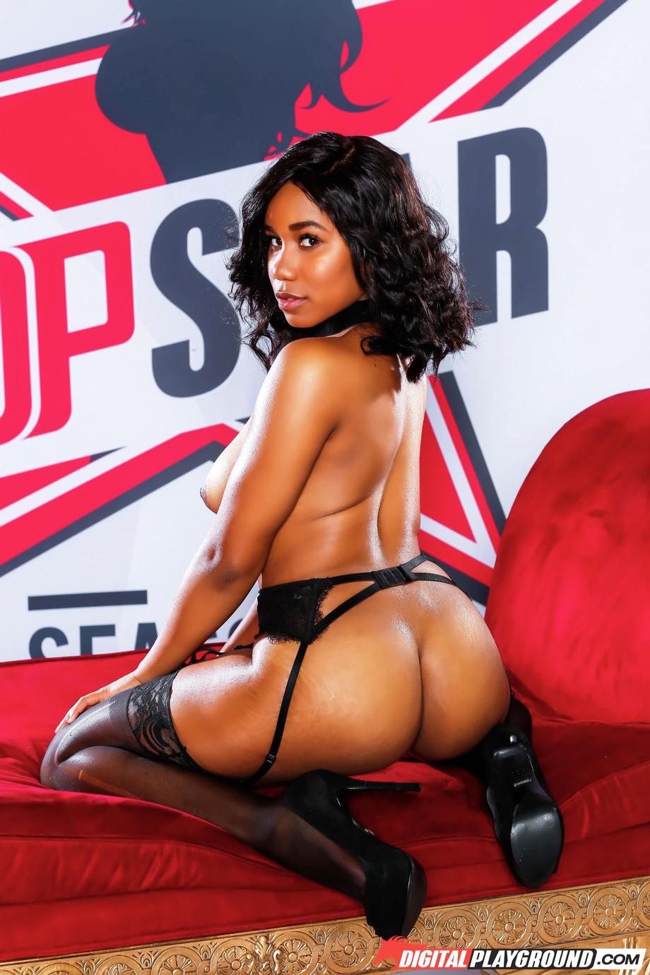 Sexy Ebony Jenna J Foxx 14