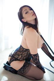 Lea Lexis-06