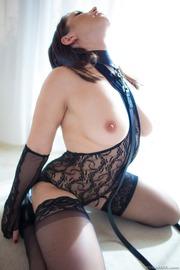 Lea Lexis-07