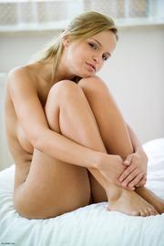 Busty Nude Peach-07