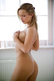 Busty Nude Peach-08