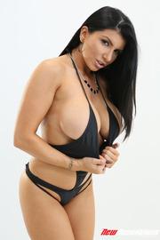 Sexy Busty Romi Rain-00