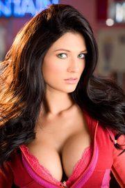 Amanda Hanshaw Busty Brunette Babe-00