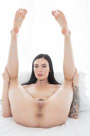 Marley Brinx Catches Two Big Cocks-02