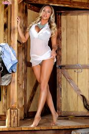Samantha Saint Lonely Cowgirl-01