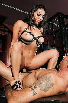 Adrianna Luna In Hardcore Porno