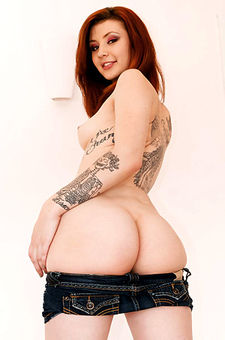 Sasha Pain Strips Off Her Sexy Denim Short