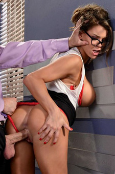 Peta Jensen Gets Drilled