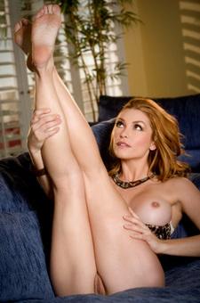 Heather Vandeven Peels Off Her Lingerie