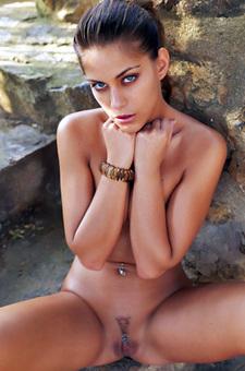 Hot Francesca Has Blue Piercing
