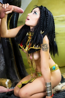 Rina Ellis As Cleopatra Fucked On A Trone