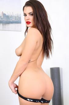 Brunette Slut Keisha Grey