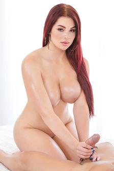 Redhead Busty Slut Skyla Novea