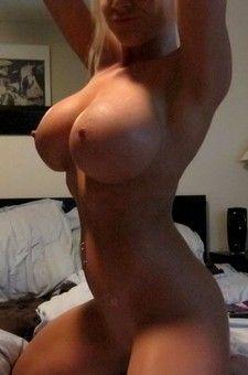 Blonde Webcam Girl Monroe Lee