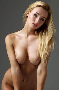 Busty Blonde Coxy