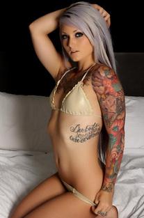 Tattooed Alluring Vixen Babe Cambria