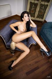 Foxy Lady Dee-01